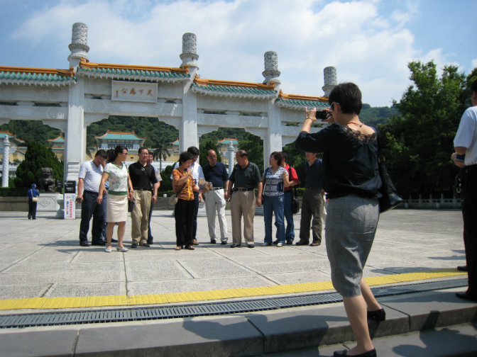 Chinese_Tourists_in_Taiwan_(0153)